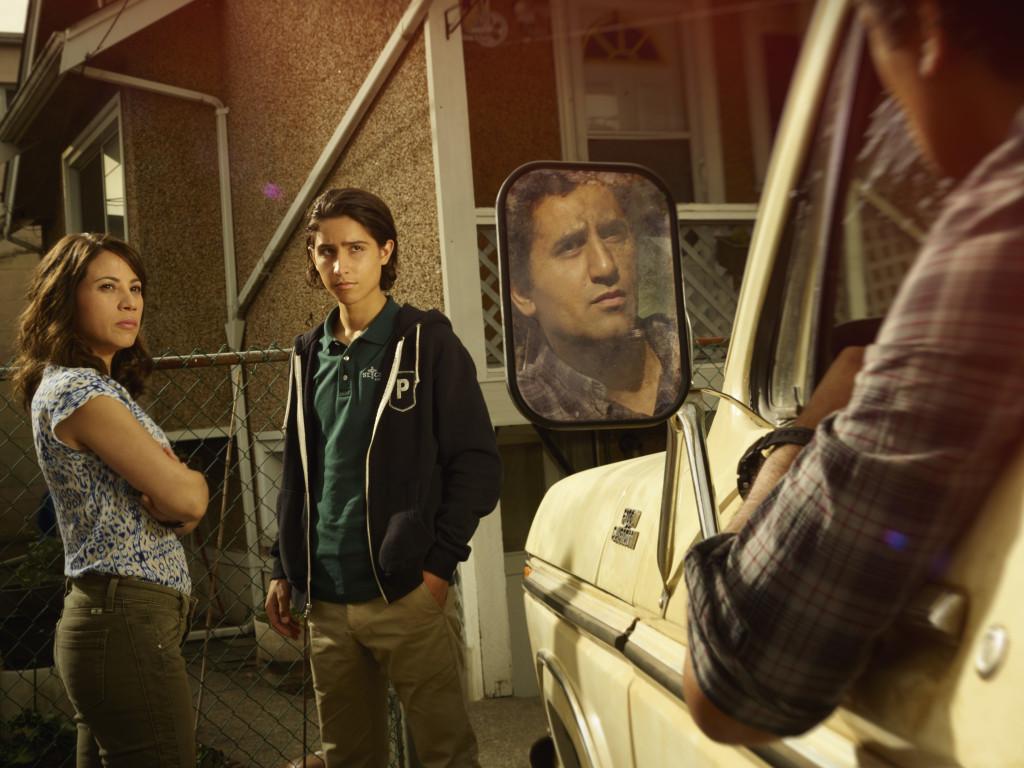 Elizabeth Rodriguez as Liza, Lorenzo James Henrie as Chris and Cliff Curtis as Travis - Fear the Walking Dead _ Season 1, Gallery - Photo Credit: Frank Ockenfels 3/AMC