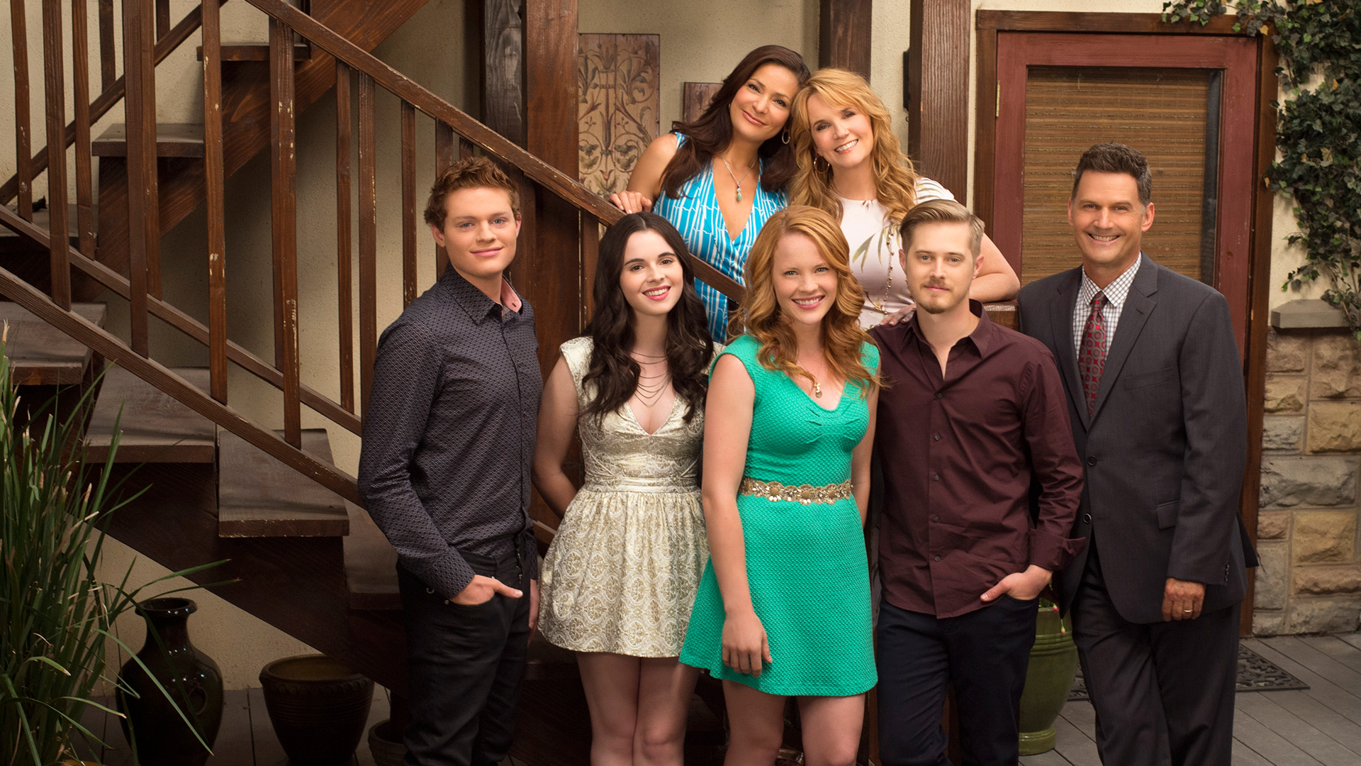 "SWITCHED AT BIRTH – ABC Family's ""Switched at Birth"" stars Sean Berdy as Emmett Bledsoe, Vanessa Marano as Bay Kennish, Constance Marie as Regina Vasquez, Katie Leclerc as Daphne Vasquez, Lea Thompson as Kathryn Kennish, Lucas Grabeel as Toby Kennish and D.W. Moffett as John Kennish. (ABC FAMILY/Todd Wawrychuk)"
