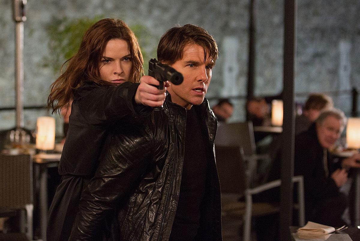 Rebecca Ferguson e Tom Cruise Mission Impossible 5